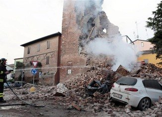 A new earthquake has shaken northern Italy, centred on the Emilia region, where a quake on May 20 killed seven people and damaged many buildings