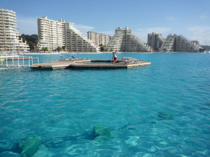 Crystal Lagoons At The San Alfonso Del Mar Resort In Chile Is The World 39 S Largest Outdoor Pool