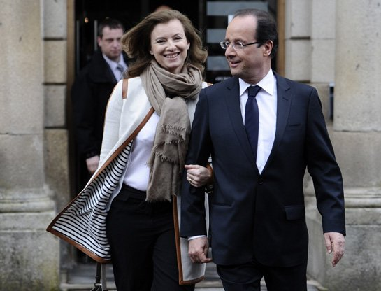 Francois Hollande and journalist Valerie Trierweiler have been together since 2005 photo