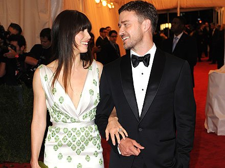 Justin Timberlake and Jessica Biel celebrated their engagement at a cocktail party hosted by Jessica's stylist, Estee Stanley, at her Los Angeles home