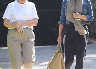Kim Kardashian spent hours with lawyer Laura Wasser after Kris Humphries pressed for a divorce trial