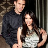 Kris Humphries is pressing for a divorce trial rather than an out-of-court settlement in order to get the truth out
