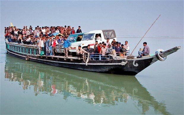 Many of Indian boats are overcrowded with poor or minimal safety features photo