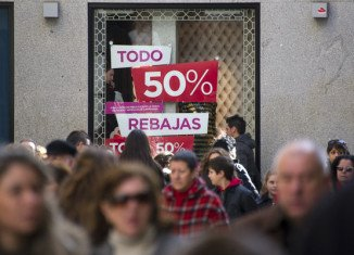 Spain's retail sales dived in April, showing the biggest fall since the figures started being collected in 2003