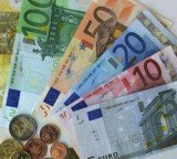 The German economy returns to growth in the first quarter of 2012 with a better-than-expected 0.5 percent rise in GDP