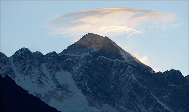 The body of climber missing on Mountain Everest has been found today, bringing the death toll from the weekend to four