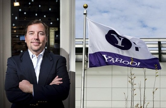 Yahoo CEO Scott Thompson is to step down after accusations that a fake computer science degree was included on his CV