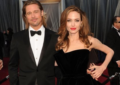 Angelina Jolie has reportedly picked her wedding date with the help of a Buddhist monk