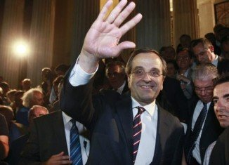 "New Democracy leader Antonis Samaras said Greeks had chosen to stay in the euro and called for a ""national salvation government"""