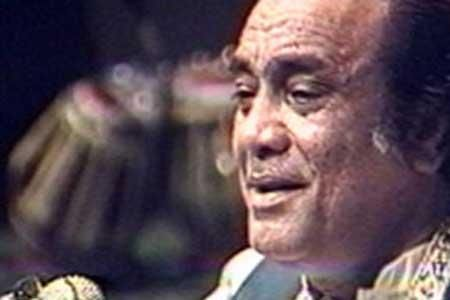 Pakistani singing legend Mehdi Hassan has died of multiple organ failure aged 84