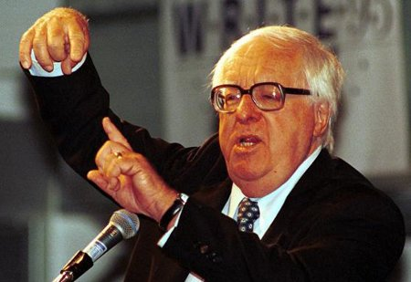 Science fiction author Ray Bradbury has died in Southern California at the age of 91 photo