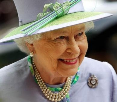 The_Diamond_Jubilee_The_Queen2