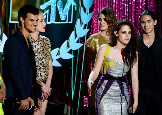 Twilight took home the Best Movie Award from MTV Movie Awards 2012 for the fourth year running