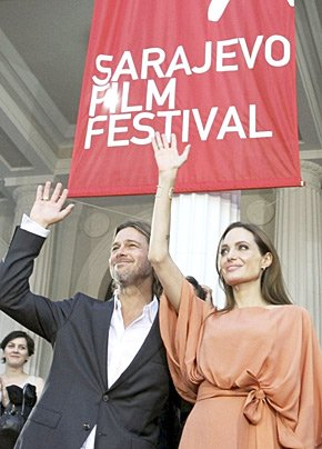 Angelina Jolie has become an honorary citizen of Sarajevo at the city's film festival