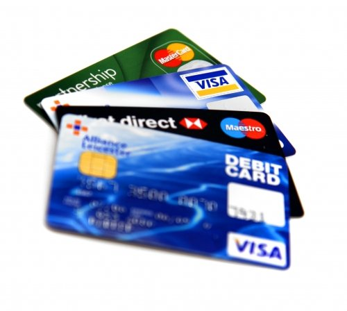 Credit card companies Visa and Mastercard and major US banks have agreed to a $7.25 billion settlement to retailers over card fees
