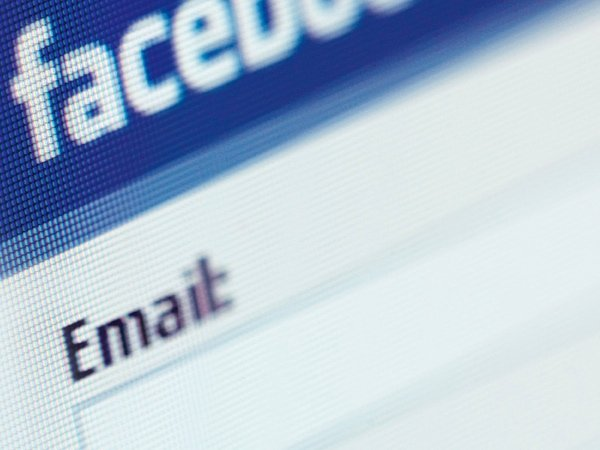 Facebook promises to address complaints it was responsible for wiping email contacts