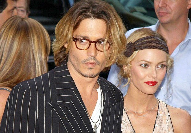 Johnny Depp has flown to his home in the South of France for a family holiday with Vanessa Paradis and their two children