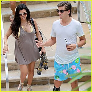Kourtney Kardashian and her fiancé Scott Disick welcomed a little girl into the world yesterday morning in Los Angeles photo