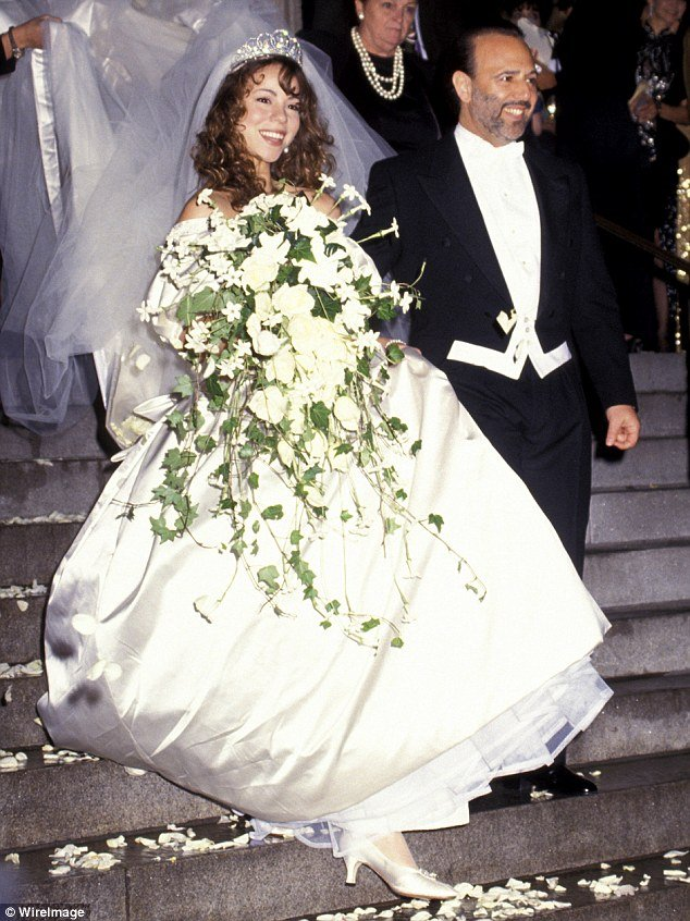 Vera Wang's wedding dress curse. Celebrities who married wearing ...
