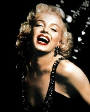 Marilyn Monroe used the check, which is now being auctioned off, to purchase a white chest of drawers worth $228.80 from Pilgrim's Furniture