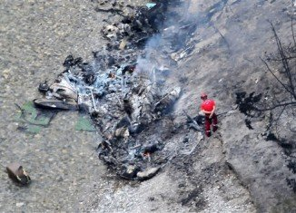 Six people have died in a helicopter crash in a mountainous area of Provence
