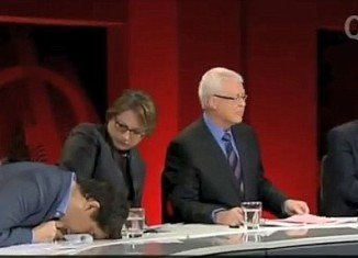 Sophie Mirabella came under a barrage of criticism after she just sat and stared blankly when Simon Sheikh collapsed beside her on live TV