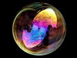 Viewers may soon be able to watch films on soap bubbles after researchers developed a technology to project images on a screen made of soap film