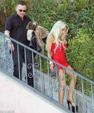 Courtney Stodden was seen heading out for dinner with Doug Hutchison last night as she turned 18