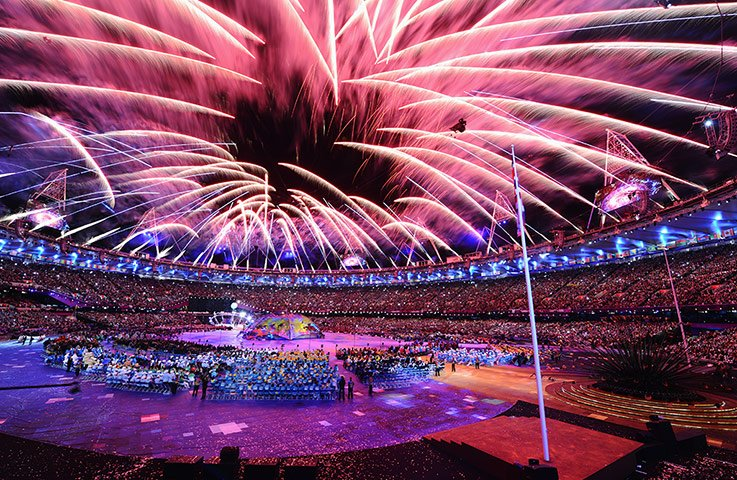 Queen Elizabeth II has declared the London 2012 Paralympics officially open, during a spectacular opening ceremony watched by some 80,000 spectators