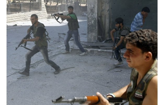 Syrian rebel commanders say they have lost control of the strategic Salah al-Din district in the northern city of Aleppo after a government offensive