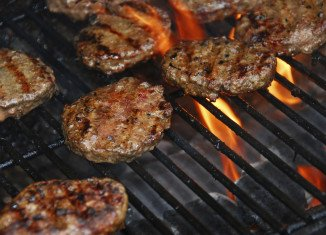 A new study has found that commercial charbroilers used in the fast food restaurants are doing more air pollution than a truck