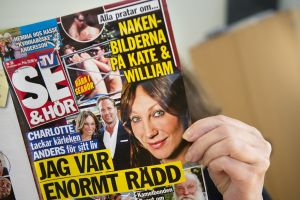 Danish magazine Se Og Hor has published photographs of Kate Middleton changing her bikini bottom