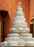 Kate and William wedding cake was designed by Fiona Cairnes