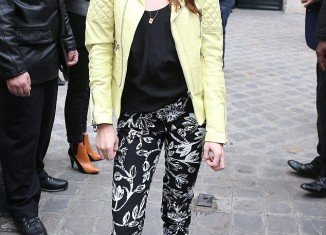 Kristen Stewart was in good spirits as she arrived for Balenciaga ready-to-wear show at Paris Fashion Week