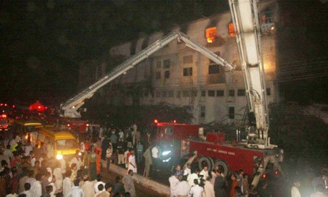 More than 200 people are now known to have died in a fire at a garment factory in Karachi
