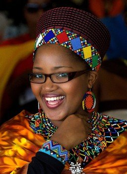 Queen Zola Mafu made headlines in 2004 when as a 14 year old she first appeared in public with King Goodwill Zwelithini photo
