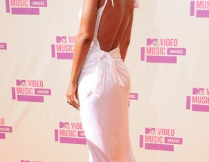 Rihanna won Video of the Year at MTV Video Music Awards 2012