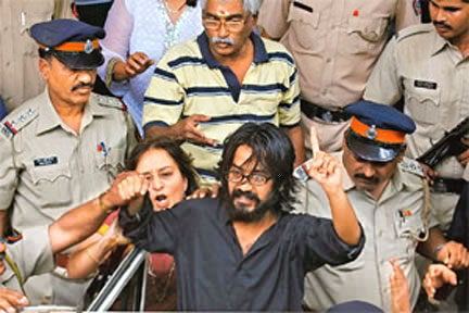 The arrest of Indian anti-corruption cartoonist Aseem Trivedi on charges of sedition has sparked off criticism