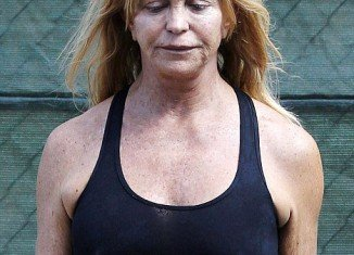 Goldie Hawn steps out make-up free before her 67th birthday