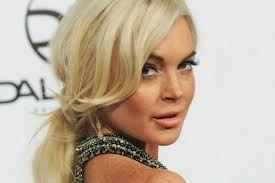 Lindsay Lohan apparently grabbed $15,000 worth of clothing from the set of Scary Movie 5
