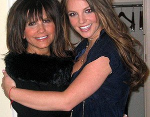 Lynne Spears has claimed Britney's former manager Sam Lufti crushed drugs into the singer's food