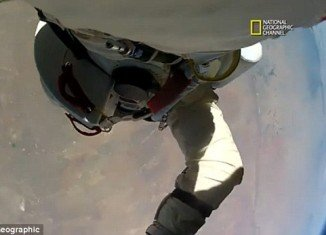 New footage taken from cameras attached to Felix Baumgartner's body shows the moment daredevil loses control