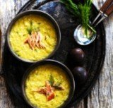 Roasted sweet corn soup with salmon