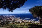 The entire council of the city of Reggio Calabria in southern Italy has been sacked to stop it from being taken over by the mafia