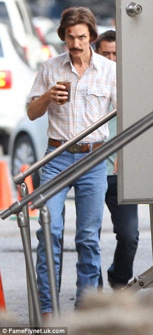 Matthew Mcconaughey Looks Skeletal On The Set Of The Dallas Buyers Club