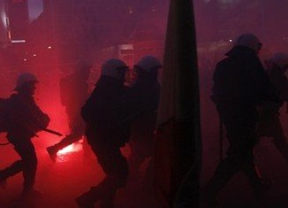 Clashes broke out in Warsaw between riot police and right-wing nationalists during a Polish Independence Day march