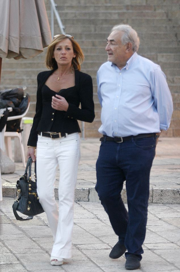 Dominique Strauss-Kahn has been spotted with his new girlfriend, Myriam Aouffir, at the Wailing Wall in Jerusalem