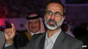 Moaz al-Khatib has been chosen at a meeting in Qatar to head a new coalition to oppose Bashar al-Assad's government