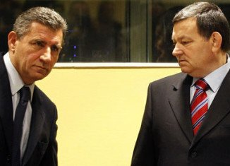 The Hague war crimes court has acquitted Croatian generals Ante Gotovina and Mladen Markac charged with atrocities against Serbs in the 1990s