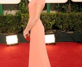This year, the title of InStyle's best dressed woman was awarded to Hollywood actress Emma Stone